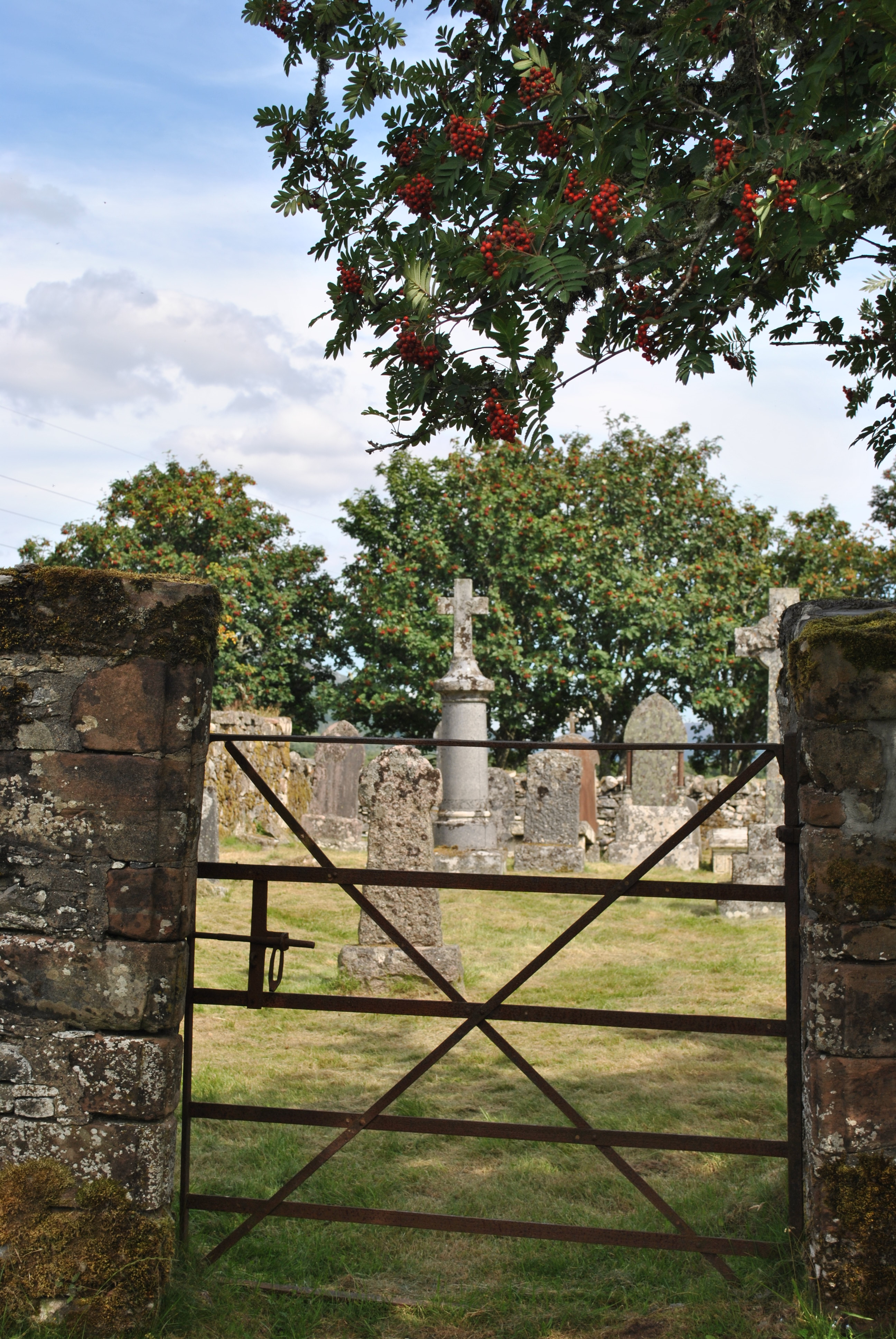 To ward off evil spirits graveyards of scotland How to ward off bad spirits from your home