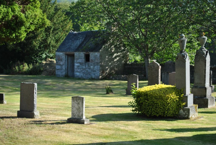 Old Kilmore graveyard, Drumnadrochit