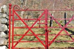 Killilan graveyard , Long Long