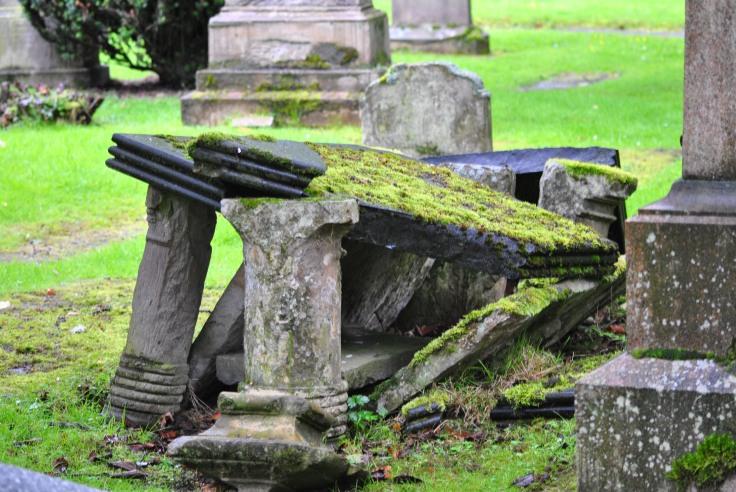 Inverness graveyard (32)