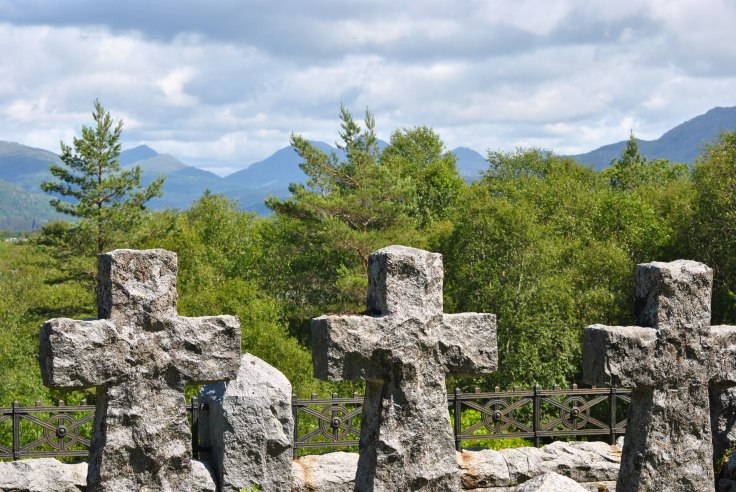 Acharacle graveyard (20)