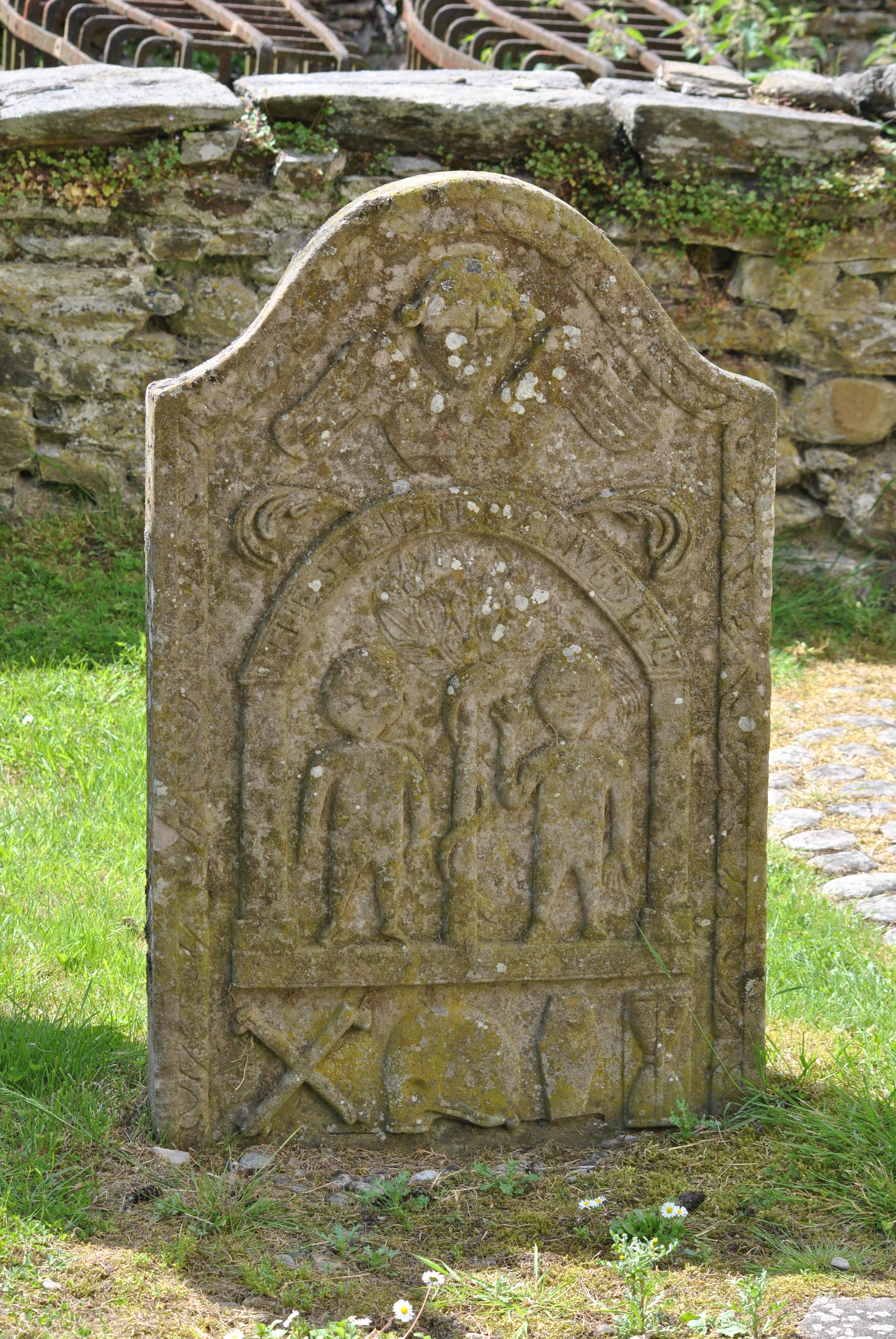 Graveyards Of Scotland  Untold Stories In Stone-8484