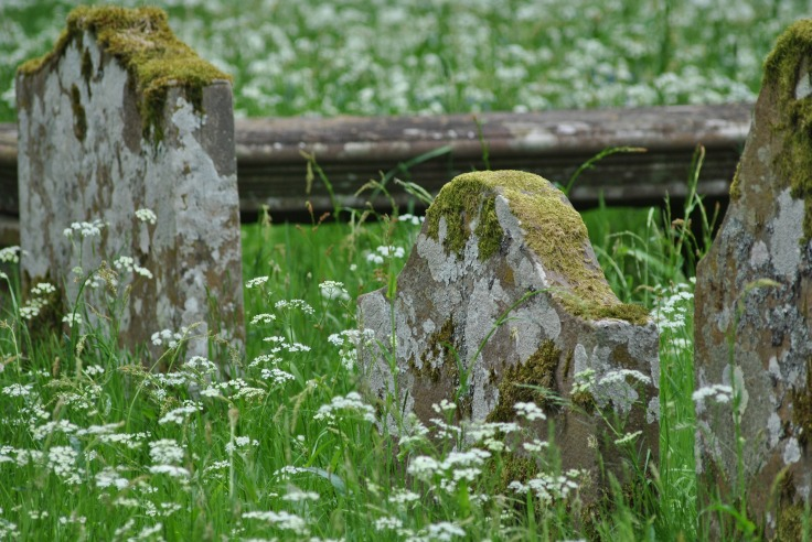 The oldest gravestone date back to the 17th century.