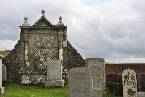 Ollaberry graveyard (1)