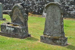 Braco Free Church and graveyard (9)