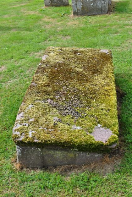 Aberdalbie and Forteviot Kirkyard (6)