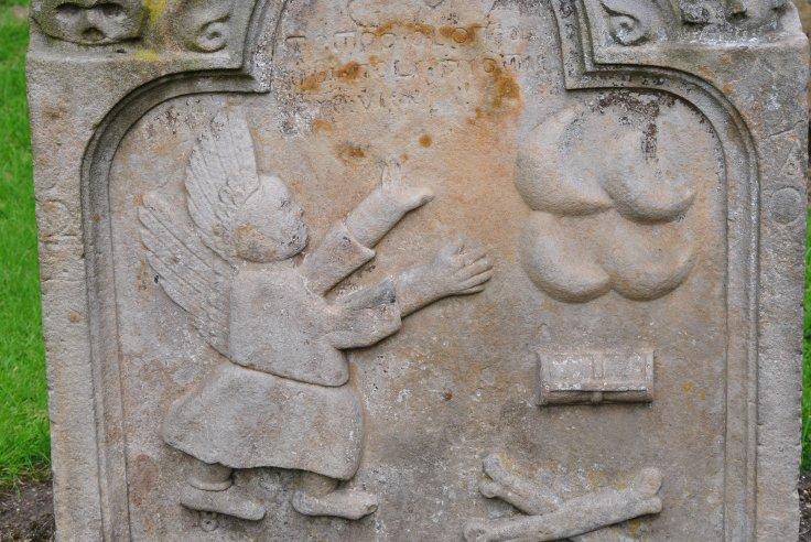 Graveyards of Scotland Nellie Merthe Erkenbach gravestone symbols Muiravonside
