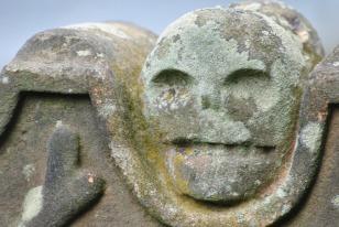 Muiravonside Kirkyard (12)