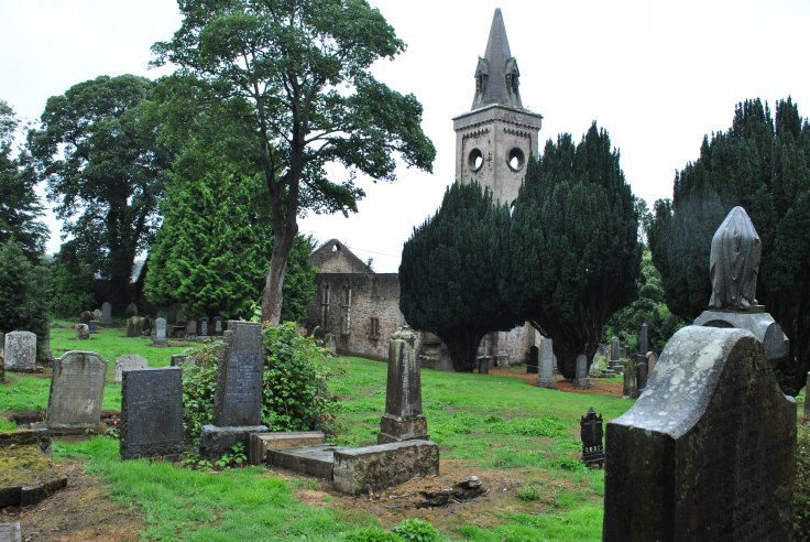 Carriden Old Churchyard brawl over child's body Graveyards of Scotland Nellie Merthe Erkenbach