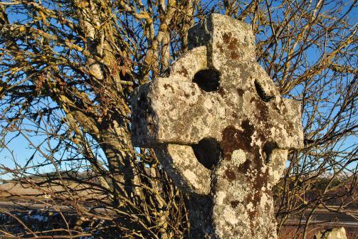 daviot church and graveyard (13)