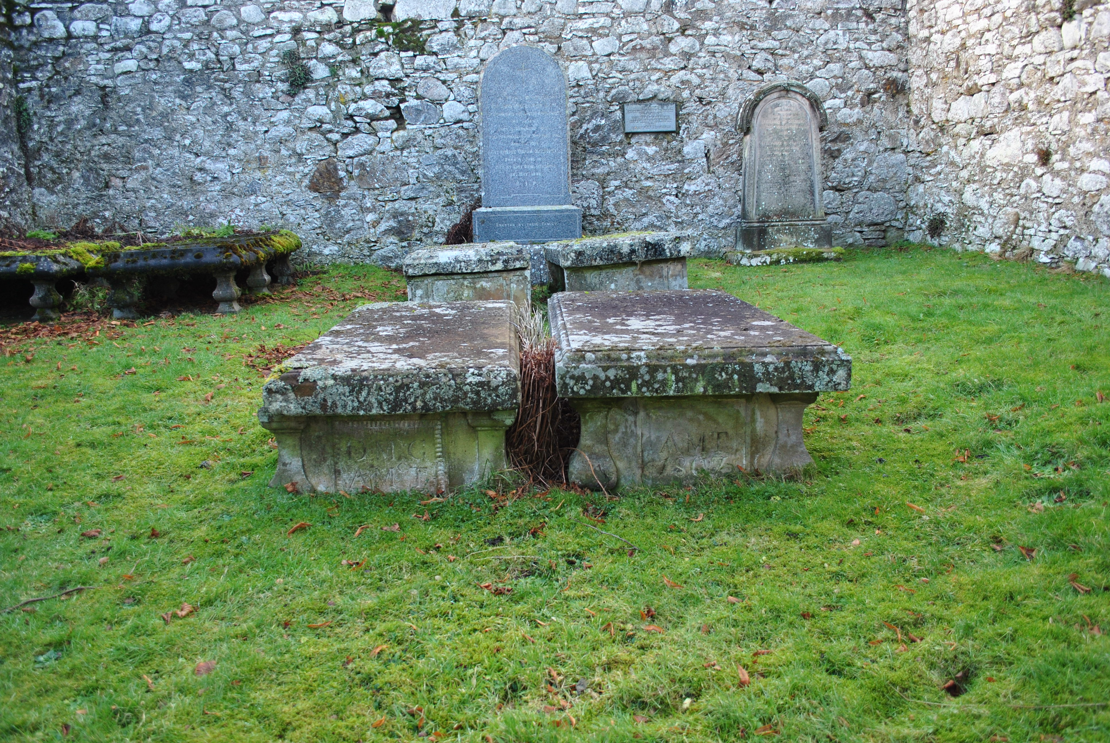 marks of Jaconbite swords graveyards of scotland dunlichity