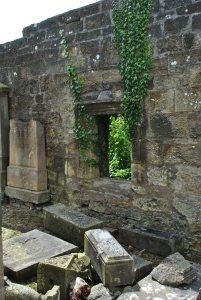 ruined mausoleum Carluke