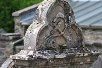 anchor carving headstone