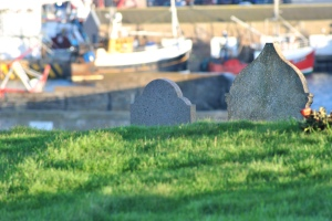 graves and boats