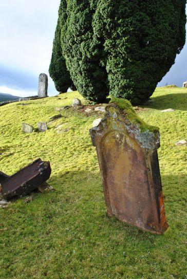 Cnoc na Bhain graveyard Achanalt ©nme Nellie Merthe Erkenbach Graveyards of Scotland (22)