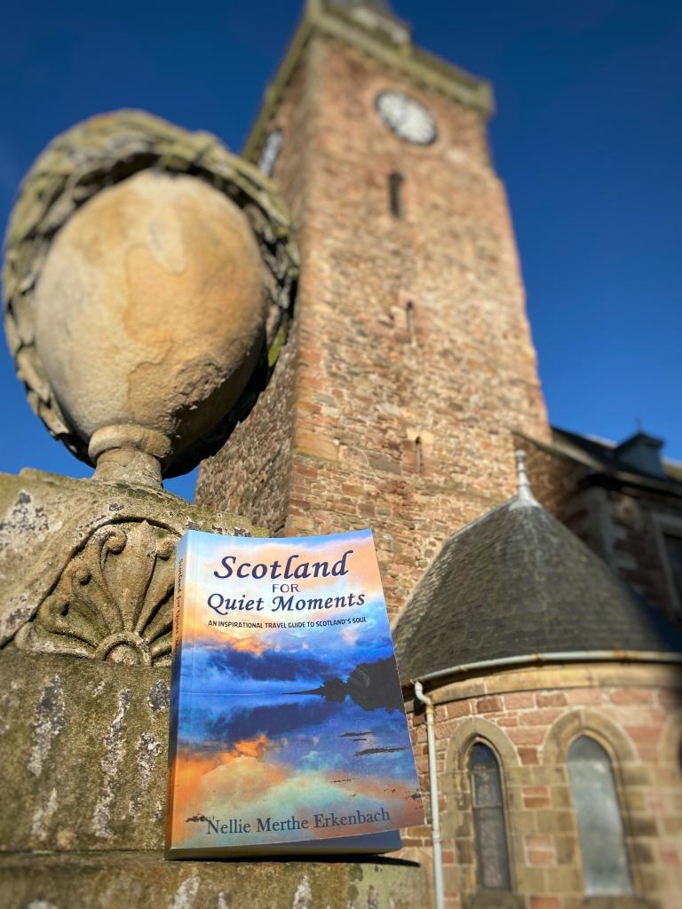 Invernes graveyard @nme Nellie Merthe Erkenbach Scotland for Quiet Moments