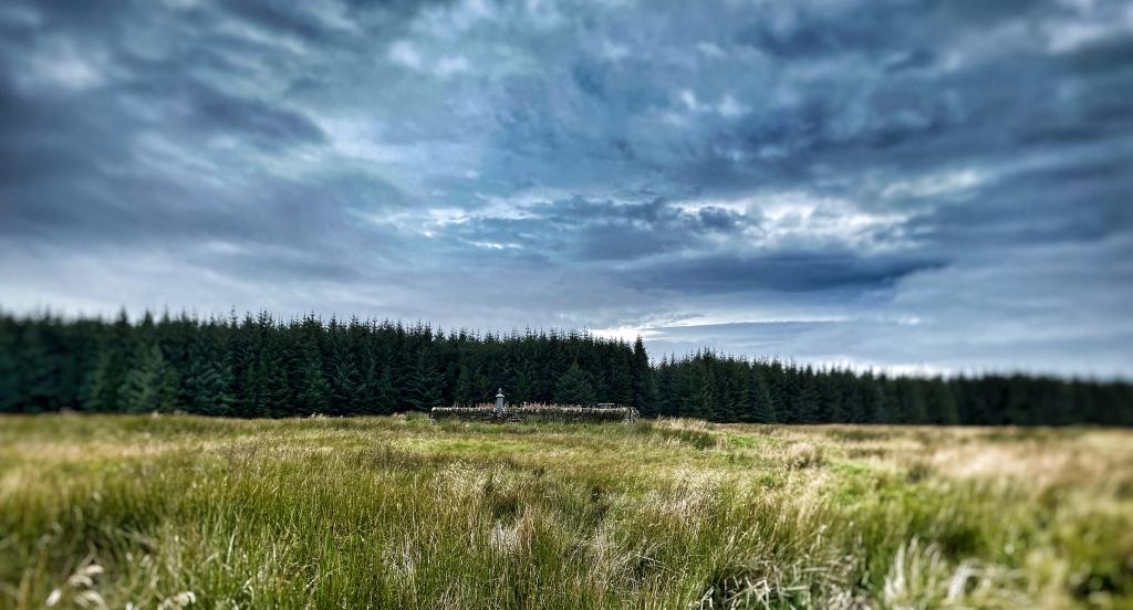 Camster burial ground Caithness  @nme Nellie Merthe Erkenbach Graveyards of Scotland